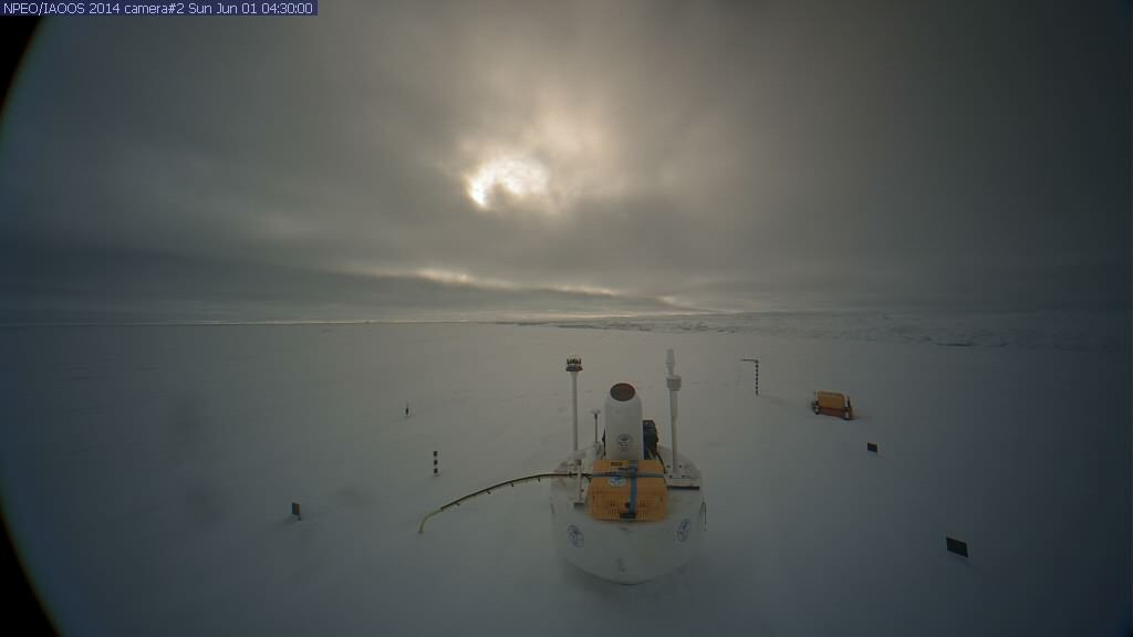 NPEO webcam 2 image from June 1st 2014, showing an IAOOS Buoy and IMB 2014E